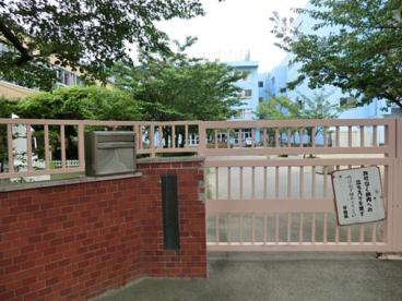 足立区立 栗島中学校の画像3