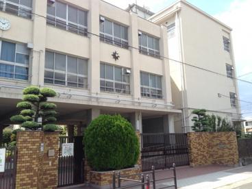 大阪市立 新生野中学校の画像1