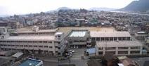 鷹取中学校