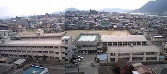 鷹取中学校の画像1