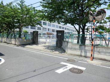 足立区立 花畑西小学校の画像1