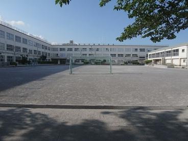 足立区立 花畑西小学校の画像4