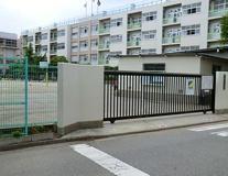 川口市立元郷小学校