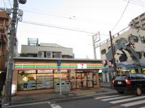 セブンイレブン川口幸町店
