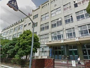 伊興中学校の画像1