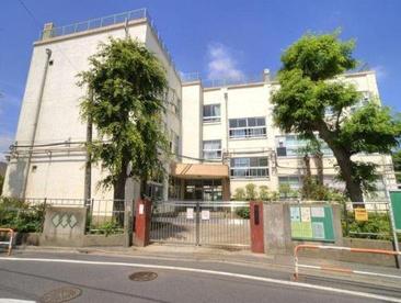 足立区立 伊興小学校の画像3