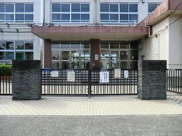 足立区立 東渕江小学校の画像2