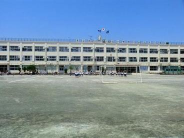 足立区立 中川北小学校の画像1