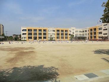 足立区立 中川小学校の画像4