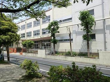 足立区立 綾瀬小学校の画像1