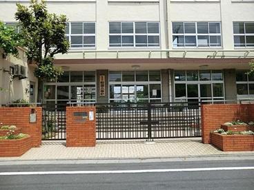 足立区立 綾瀬小学校の画像2
