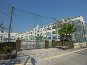 足立区立 綾瀬小学校の画像3