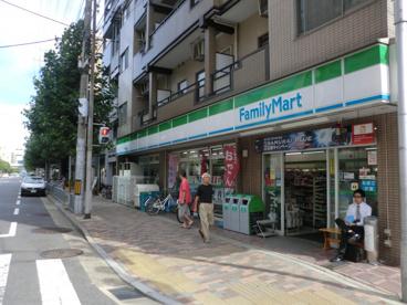 ファミリーマート四条西新道店の画像1
