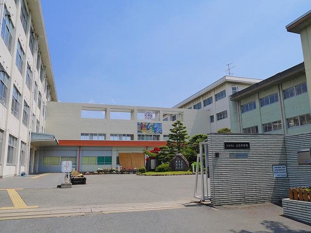 奈良市立三笠中学校の画像
