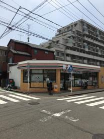 セブンイレブン 横浜大豆戸町店の画像1