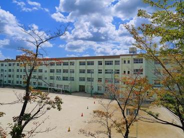 奈良市立二名中学校の画像2