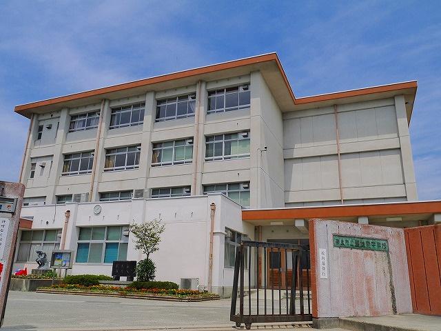 奈良市立富雄南中学校の画像
