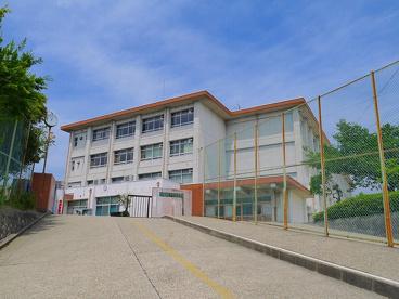 奈良市立富雄南中学校の画像4