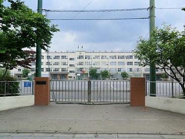 足立区立 入谷中学校の画像2