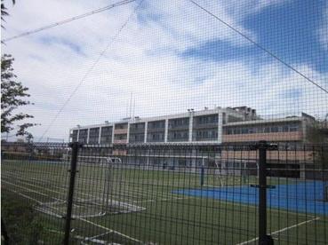 新田中学校の画像3