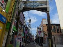 幡ヶ谷六号通り商店街