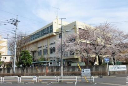 川口市立十二月田小学校の画像1
