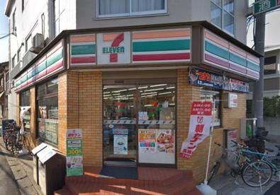 セブンイレブン 京成津田沼駅前の画像1