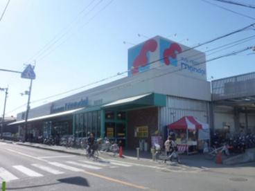(株)万代 楽音寺店の画像1