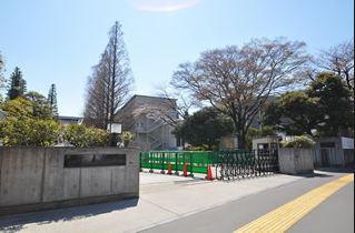 早稲田大学 戸山キャンパスの画像1