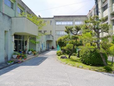 奈良市立東市小学校の画像2