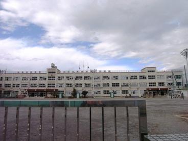 足立区立 西新井第二小学校の画像2
