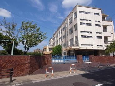 足立区立 中川東小学校の画像1