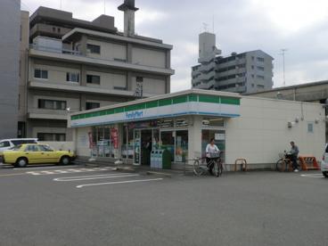ファミリーマート西院清水町店の画像1