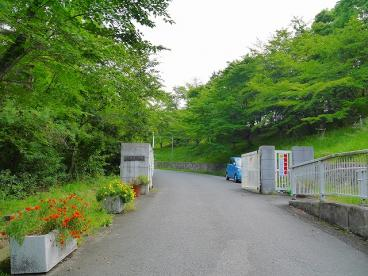 奈良市立鶴舞小学校の画像2