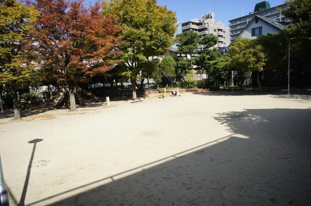 蛍池東公園の画像