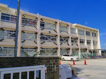 奈良市立登美ヶ丘小学校の画像1