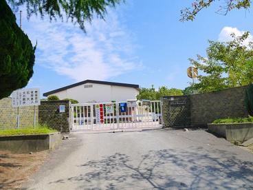 奈良市立登美ヶ丘小学校の画像2