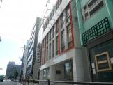 ヘアラルト阪神理容美容専門学校