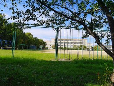 奈良市立東登美ヶ丘小学校の画像4