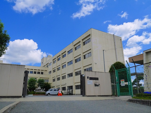 奈良市立二名小学校の画像