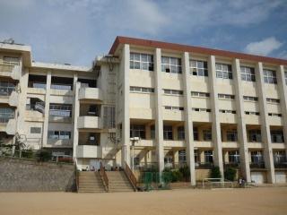 那覇市立 高良小学校の画像