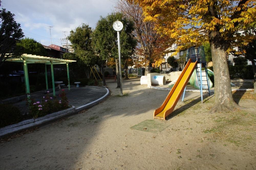 蛍池南町公園の画像