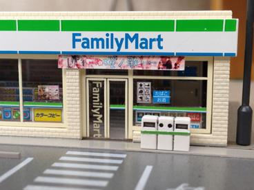 ファミリーマートソルヴィータ松山店の画像4