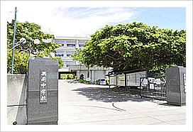 興南高等学校 興南中学校の画像1