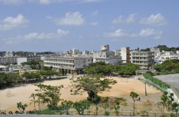 那覇市立 石嶺小学校の画像