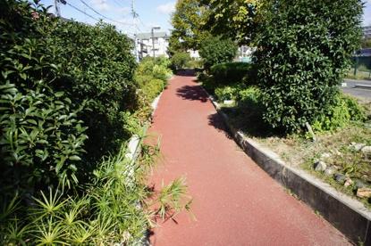 箕輪2丁目の千里川西側の遊歩道の画像2