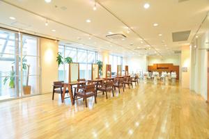 理容美容専門学校 西日本ヘアメイクカレッジの画像2