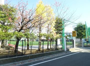 足立区立 扇小学校の画像3