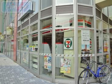 セブン−イレブン船橋本町1丁目店の画像2