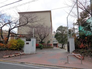 京都市立 下鴨中学校の画像3